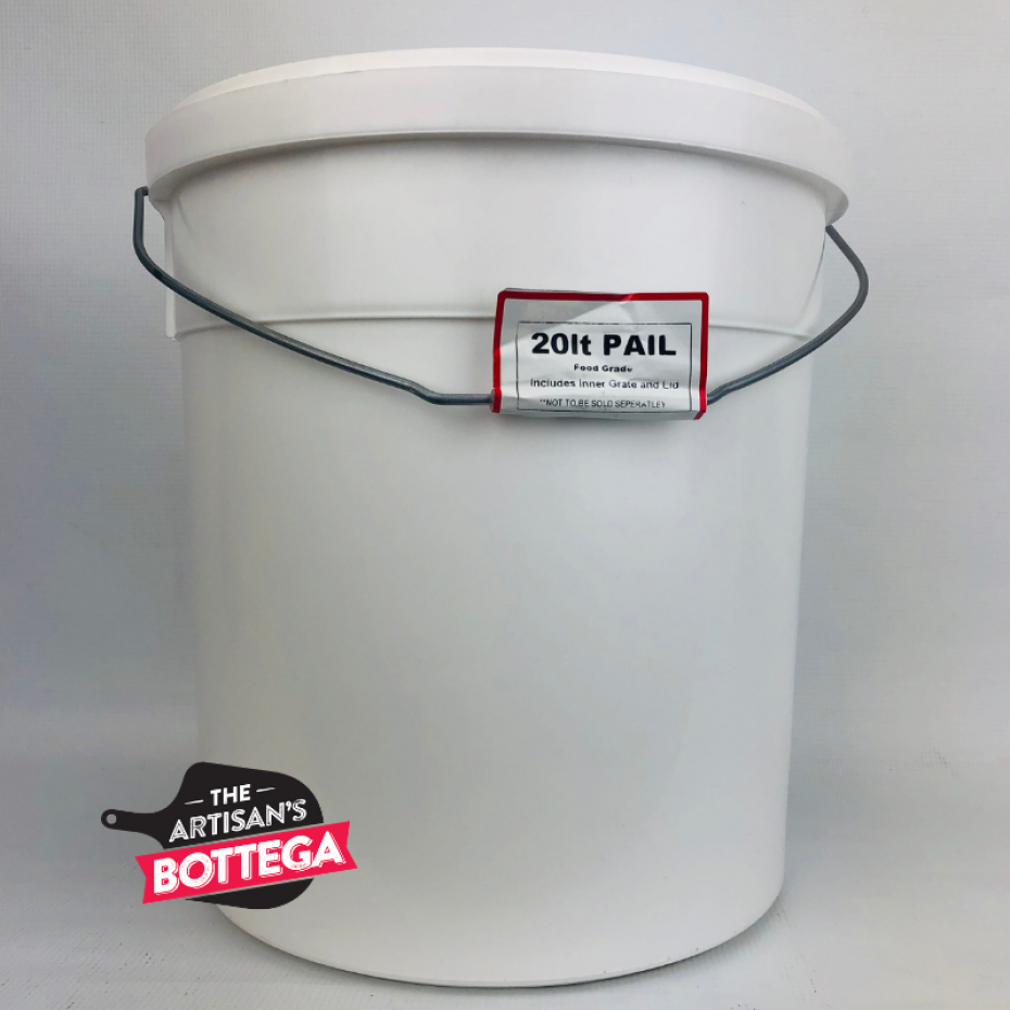 Sturdy pail for general purpose