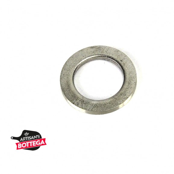 S/Steel flat washer with 12 mm ID for seal valve port.