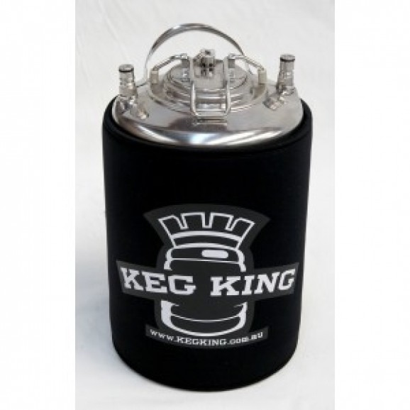 KEG parka cover to insulate beer keg